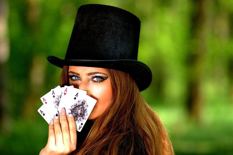 Waar is poker ontstaan?